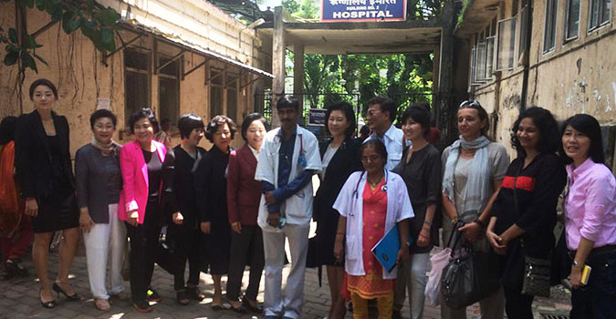 Republic of Korea leaders visit India to learn about the HIV epidemic and response