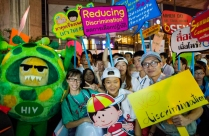 A lively and colourful parade led by people living with HIV and key communities affected by HIV took to the Bangkok streets following the opening ceremony.