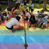 Each #schoolrainbow chalking was different and influenced by its environment and surface, from the strong straight lines at Thammasat University, to the gently curving rainbow around the school track at NIST and the oyster-shaped rainbow that followed the paving at Mathayom Prachaniwet school (pictured).